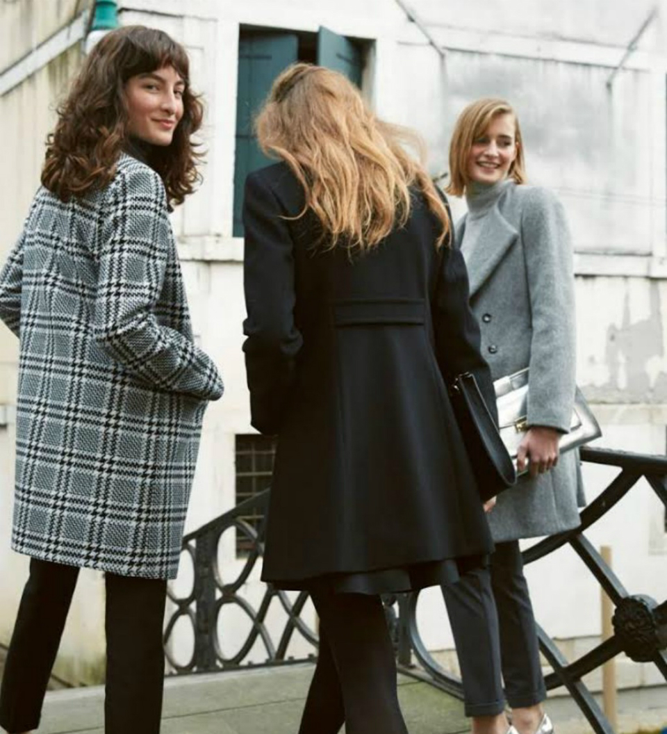 066ebbfae339 Τι στυλ παλτό θα φορέσουμε φέτος  Μακρύ σε ανδρόγυνο στυλ ή κοντό και  θηλυκό  Σε γραμμή Α ή με στενή μέση  Σε έντονο χρώμα ή σε κλασικό καμιλό